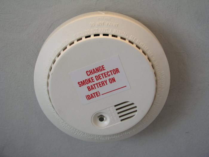 Smoke Detector Maintenance and Expiration